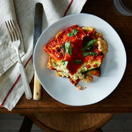 9231db6e-4038-4204-8311-7a5d1dc6ef34--2015-0606_summer-vegetable-vegan-lasagne_james-ransom-040