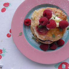 Raspberry and goat cheese pancakes