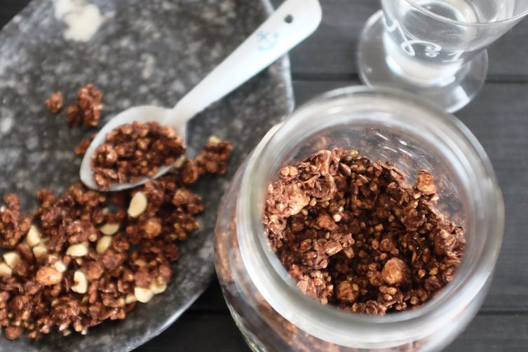 "Chocolate-Hazelnut ""Ferrero Crackle"""