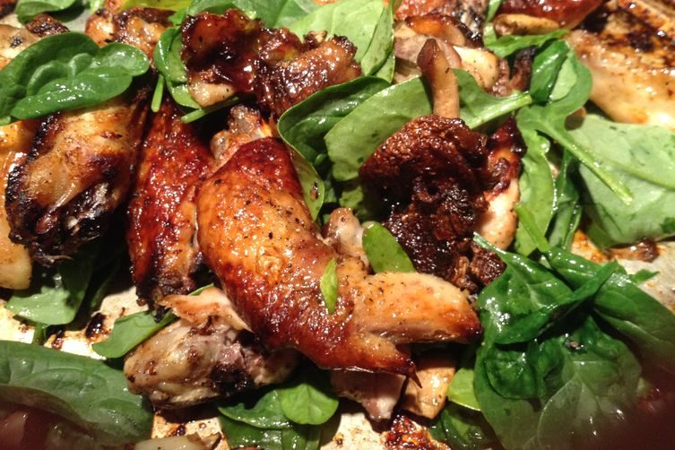 Roasted wings of chicken - honey, ginger and spinach