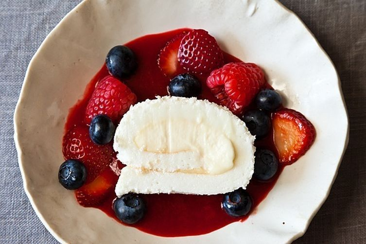 The Dessert Australians and New Zealanders Are Squabbling Over