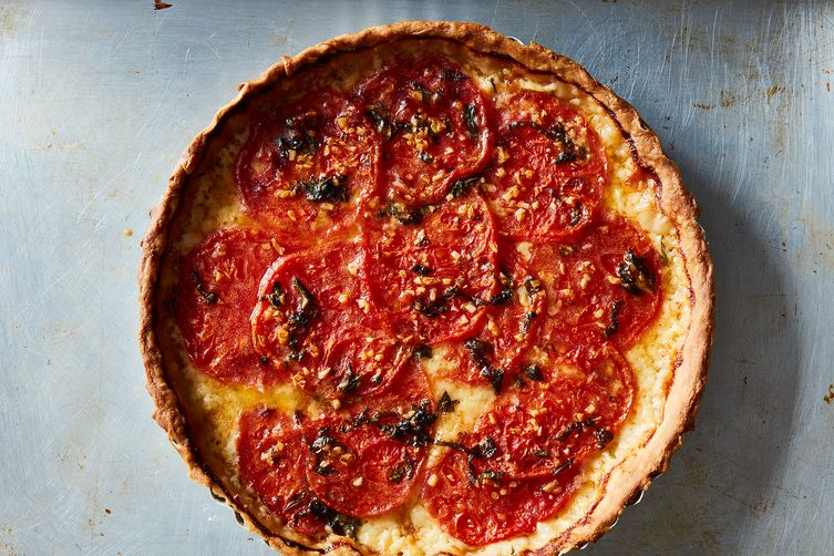 Sue Lyon's Tomato Pie