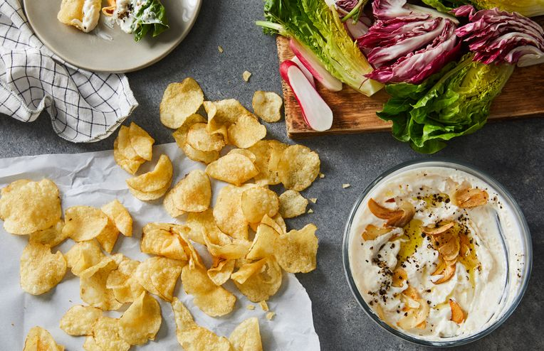 Why This Garlic Dip Is Even Better Than Onion Dip