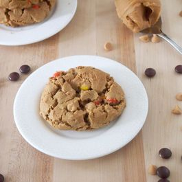 Flourless Triple Peanut Butter Cookies