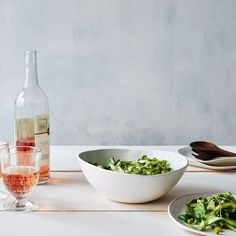 Everything You Need to Throw 3 Easy Spring Dinner Parties