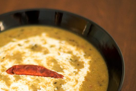 Dal Makhani (Black lentils in creamy sauce)