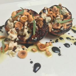 Grilled Pears with Blue Cheese and Toasted Hazelnuts