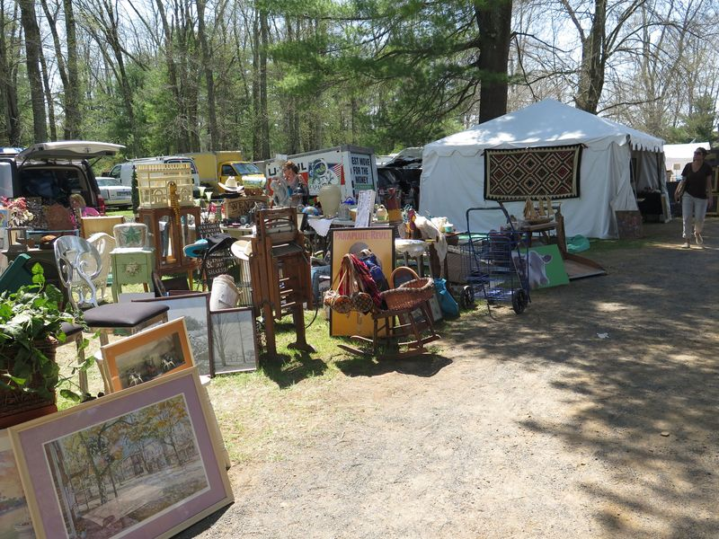 Along one of the many vendor-strewn roads at Brimfield.