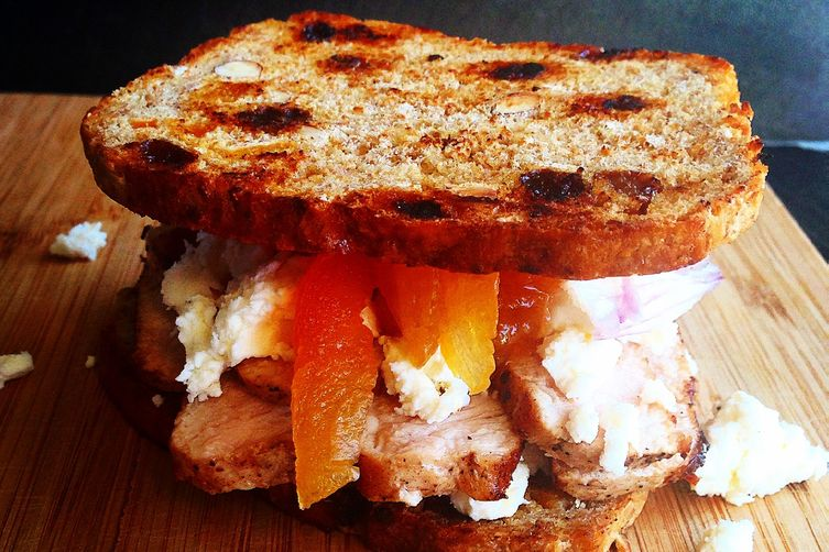 Quick and delicious pork loin sandwich with feta, apricots and shallots