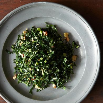 Lacinato Kale & Mint Salad With Spicy Peanut Dressing