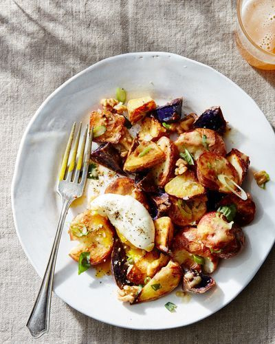 202a4656 056b 49f7 81bf d9ebf98b2631  2016 0324 roasted potato salad soft boiled egg james ransom 035 5 Unexpected Ways to Turn Salad into Dinner