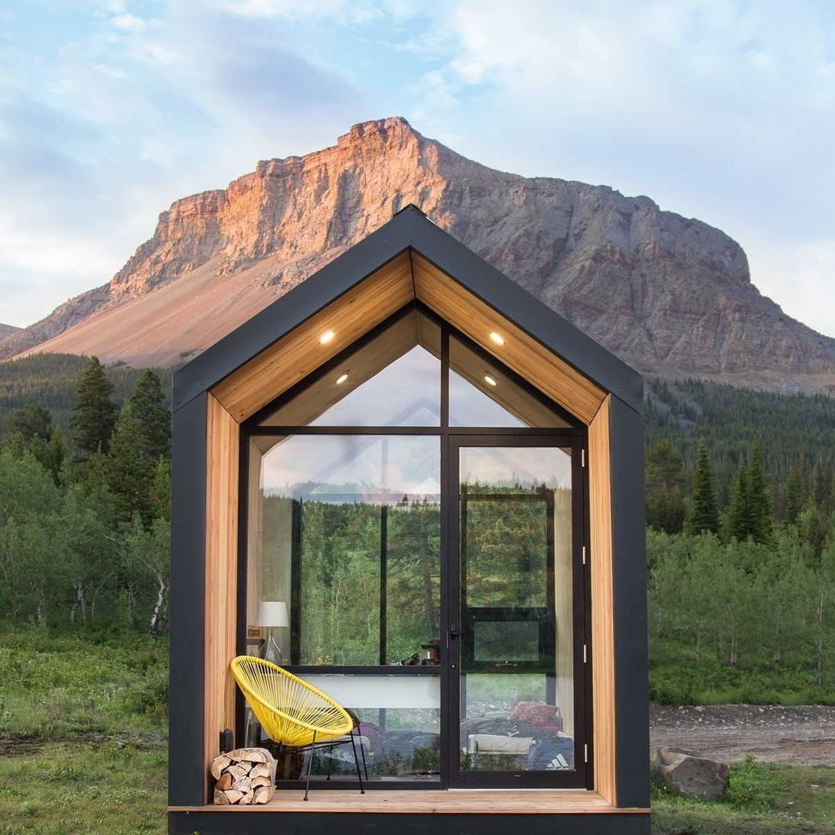 Prefab Tiny Homes That Are Minimalist Goals