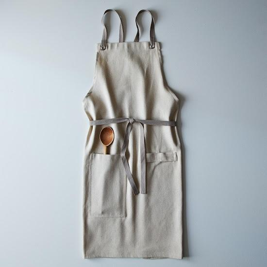 Cross-back linen apron