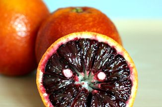 06064dbb-c607-4c77-b5ac-c75374106263--blood-orange-vertical-370p1