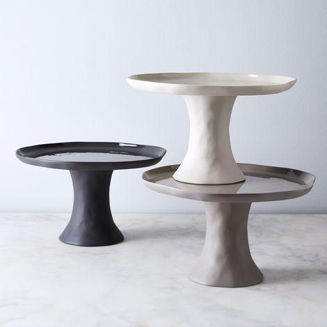 Cobbled Stoneware Cake Stand