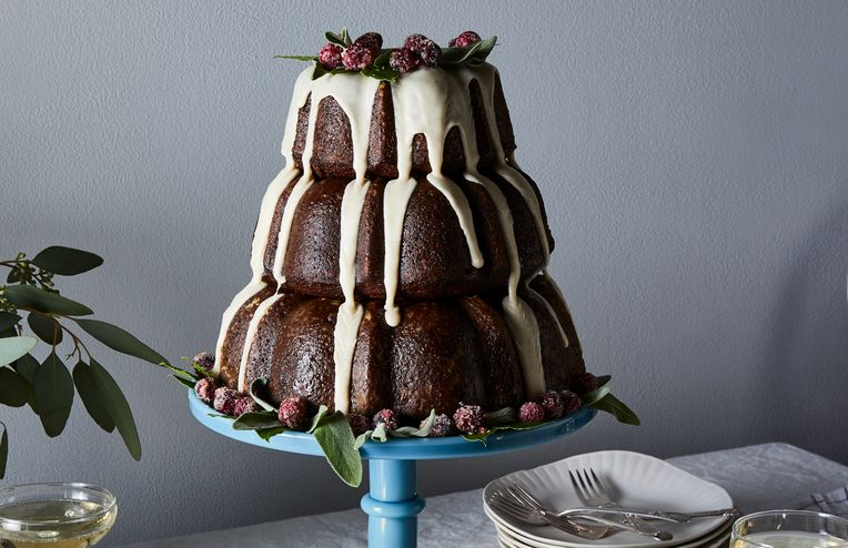 3 Showstopping Holiday Cakes That Taste As Good As They Look