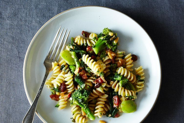 19 recipes that star winter brassicas for Table 52 recipes