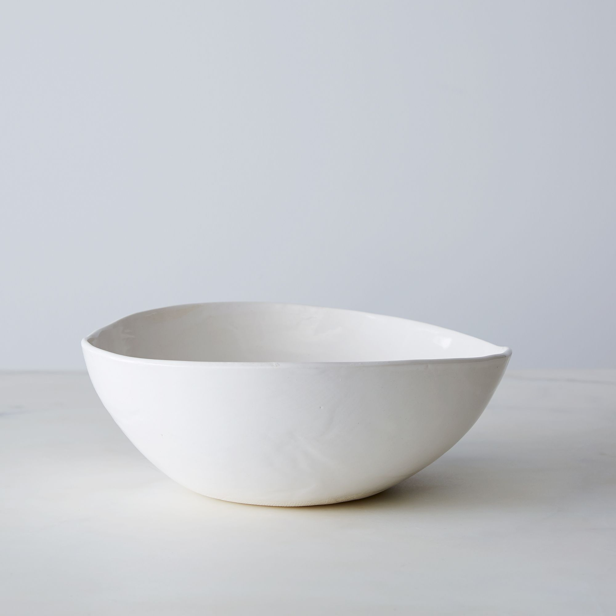 59cd0427 d3e7 407d 94b8 db52a0bd6c14  2015 0323 looks like white handmade salad bowl silo bobbi lin 0012