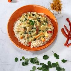 Chicken Curry with Moringa