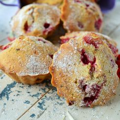 Redcurrant and Poppy Seed Mini Cakes