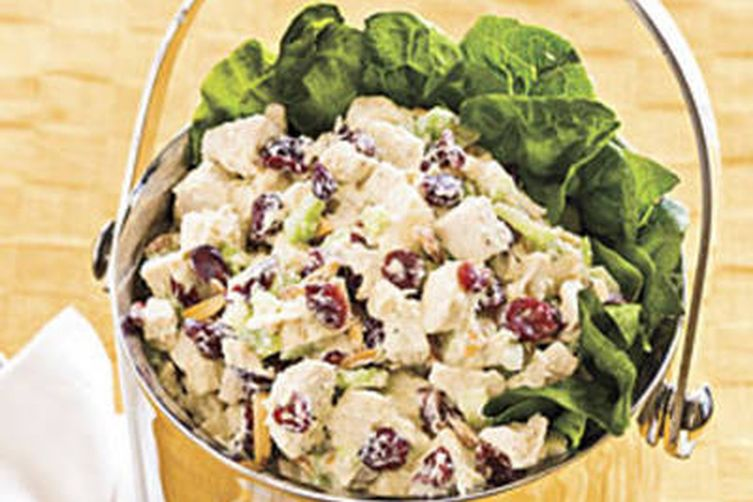 CRANBERRY-ALMOND CHICKEN SALAD