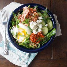 Smoked Salmon, Spinach & Farro Bowls