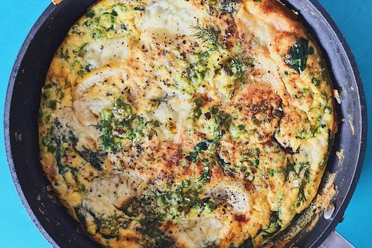 "Frittata with caramelized lemon and dill ""peasto"""