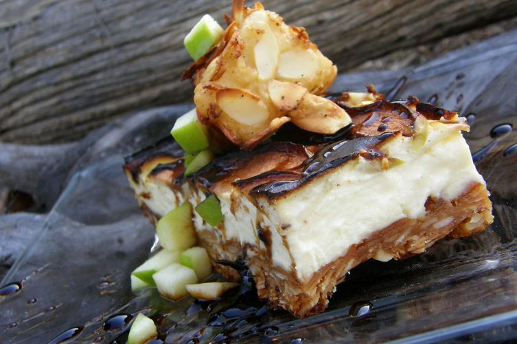 Smoked Apple & Brie Cheese Cake