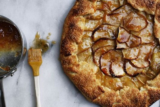 23 Sweet, Sticky Recipes for Welcoming Fall (& the Jewish New Year)