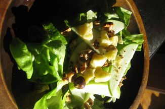 8d58ede6-f0df-4cea-810c-3337d0f252f8--apple_hazelnut_salad_004