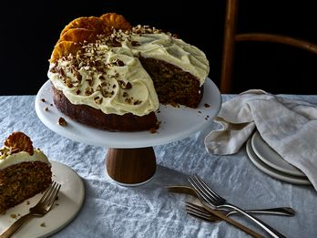 A (Mostly) One-Bowl Banana-Spice Cake With Plenty of Southern Charm