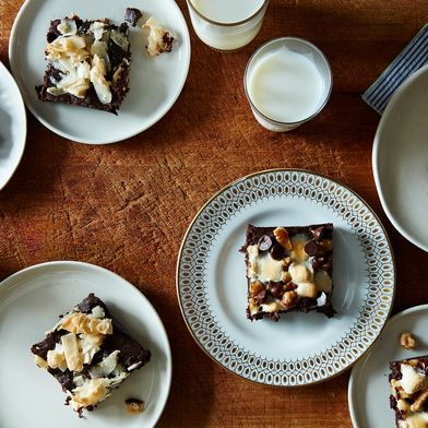 7 Ways to Doll Up a Perfectly Delicious Cocoa Brownie