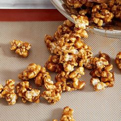 How to Make Any Caramel Corn in 5 Steps