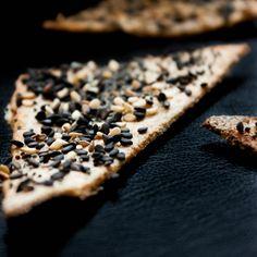Scandinavian Sesame & Poppy Seed Crispbread
