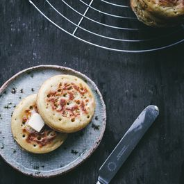 Homemade Crumpets