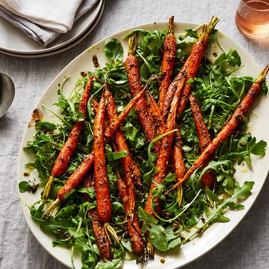 Turmeric-Roasted Carrots with Seeds