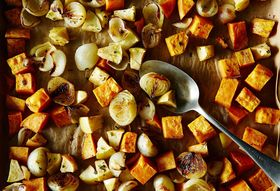 2eb3670c 8f47 4c1c 9548 b108f604df73  2014 1007 roasted sweet potato and apple with onions 009