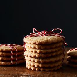 7e1a9598 41f0 4415 810c 2dd7aff54145  2016 1105 grandma mccrackens sugar cookies james ransom 587