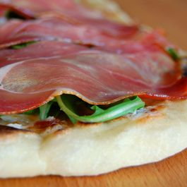 prosciutto and fig flatbread
