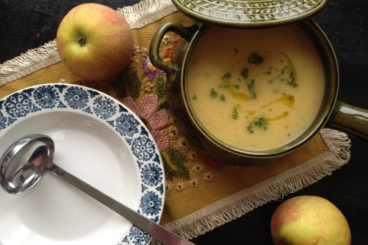 Celeriac, Apple and Tarragon Soup