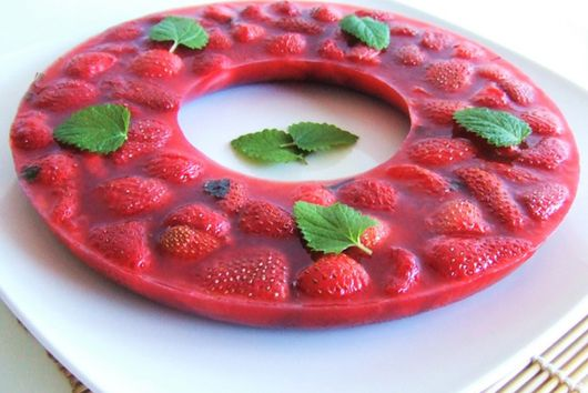 Strawberry Mint Gelatin