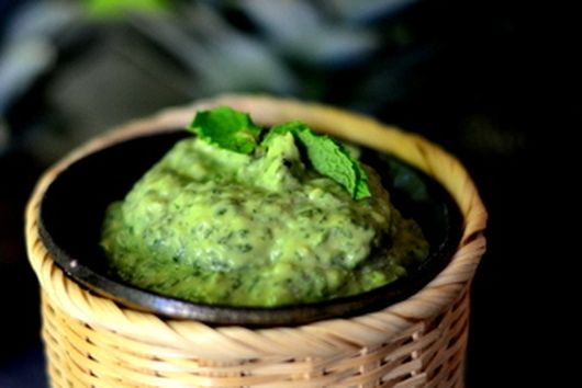 Mint/cilantro avocado spread with grilled Halloumi