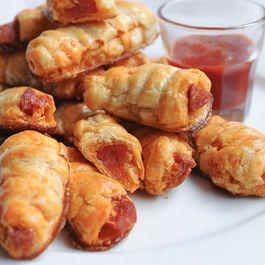 7f35ed53 d19b 48ca b664 a6651dffc354  chiorizo puff pastry rolls