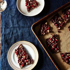 This Dark Chocolate Pomegranate Bark Is Worth Its Bite