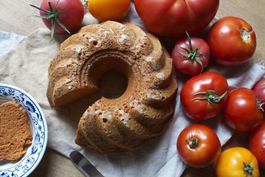Tomato Bundt Cake
