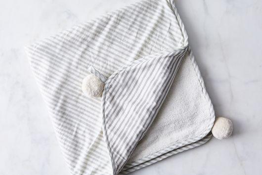 Pom Pom Hooded Kids' Towel