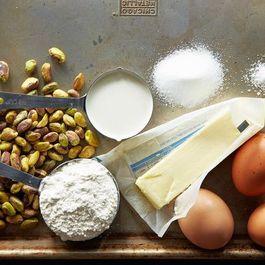 4d1b73ff 45cf 4fff 9841 9e458b97c7f9  2013 0618 profiteroles pistachio mousse 520