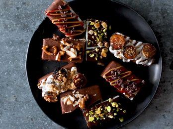 Ice Cream Bar Party: A DIY Dessert Course