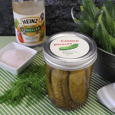 HOMEMADE GARLIC DILL PICKLES