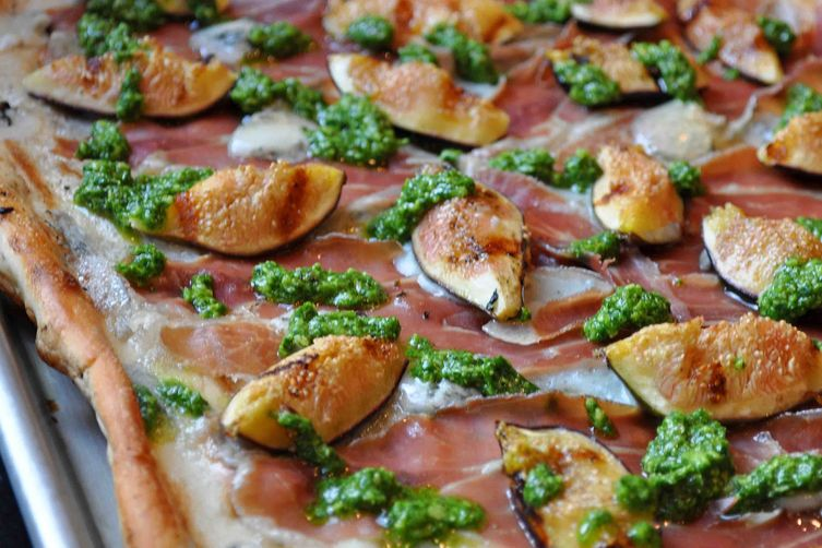 Grilled Pizza with Figs, Prosciutto, Gorgonzola and Arugula Pesto
